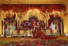 Riri & Dimas Wedding by SVARNA by IKAT Indonesia Didiet Maulana