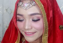 Wedding Risa by Titia Violita Gallery & Makeup