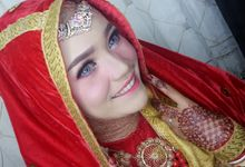 Wedding Risa by Titia Violita Gallery & Makeup