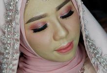 Wedding Makeup For Fhadilla by Titia Violita Gallery & Makeup
