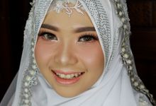 Wedding Makeup For Tika by Titia Violita Gallery & Makeup