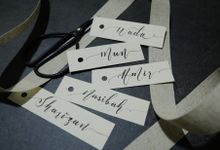 Minimalist Wedding Place Card/ Gift Tag by Dumdeedum