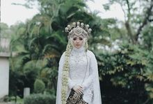 Traditional Sundanese Wedding - Belladina Mayasha by SLIGHTshop.com