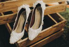 Traditional Sundanese Wedding - Belladina Mayasha by SLIGHTshop.com