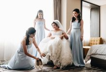 Beautiful Blue and White Wedding by SLIGHTshop.com