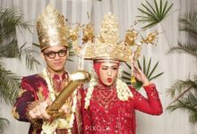Delila & Adityo by PIXOLA Photo Booth