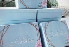 Sarah Bridesmaid Box by Artellery.id