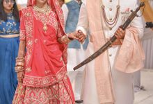 Abhishek & Priyanka by Fliqaindia Pvt. Ltd.