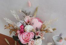 NADH - Prewedding Rent Bouquet by Et.bloomette