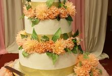 3 Tier Wedding Cake by Velvet Cake