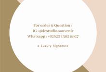 Contact Us by L'estudio