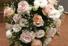 Church Wedding Decorations by Prettyflowers@teo