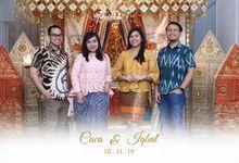 Caca & Iqbal Wedding by Foto moto photobooth