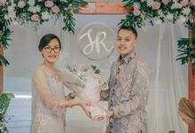 Engagement of Sarah & Ryan by Arkarna Design
