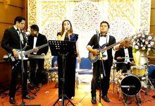 Performance AKUSTIK di Dirjen Bea & Cukai Rawamangun Jakatim tgl 8Desember19 Malam by Bafoti Musik Entertainment