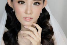 Bride Jessica by Zeva Leviel Makeup
