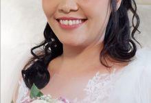Gorgeous Bride Ms Rizky by Yuka Makeup Artist
