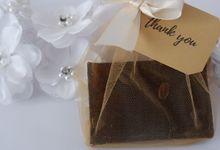 Sabun kopi - handmade coffee soap by souvenirbylarasari