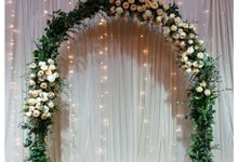 Customised Wedding Arch For Rental by Prettyflowers@teo