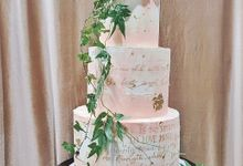 Calligraphed Wedding Cake by Ame Cakery