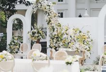 Intimate Wedding At The Manor Andara by Medina Catering