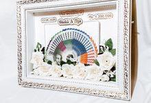 Mahar Uang Minimalist Flower Series by Gyas Wedding