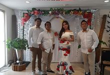 Acoustic Band for the wedding of Jonathan & Musa At Hotel Gunawangsa Manyar Surabaya by InfinityMusic_entertainment