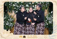 Dinda & Anton Wedding by Foto moto photobooth