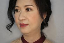 Mom Sangjit of Ms. Herlina by Alexandra Makeup Artist