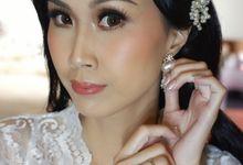 Favor Bride, Melissa..  by Favor Brides