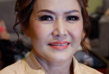 Makeup And Hairdo For Mom by Nike Makeup & Hairdo