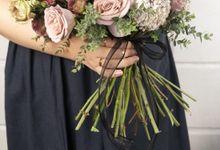 Valecia Hand Bouquet by Kadi Atelier
