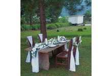 Table Decoration by Pine And Willow Design Official