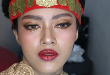 Thailand Makeup looks in Adat Batak Toba Sortali by Hana Gloria MUA