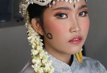 Reception Night Siger Sunda Wedding Makeup by Hana Gloria MUA