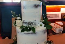 SEMI NAKED RUSTIC CAKE by Mommywhalebakers
