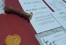 Minimalist Wedding Invitation by Ribbons and Prints