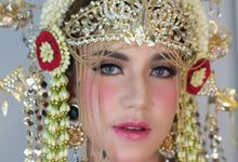 Sanneth , Pengantin adat Betawi by Chindra Tansil