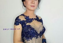 Make Up For Mom of bride by emily make up