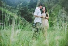 love story by Jiraw Bali Photography