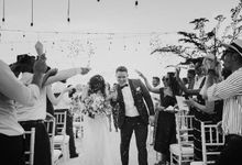 Bali  Wedding - Tom & Sue at Villa Anugrah by ILUMINEN