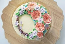 Realistic Buttercream Florals by Sophessa Cakes
