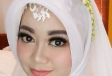 Modern Moslem Wedding Make Up by Fame Make Up Hijab