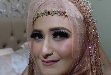 Wedding makeup by Makeupbyafnanmaya