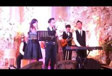 ACOUSTIC  performances by 5MILE band