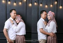 Prwedding Indoor by Doctor Photography Videography