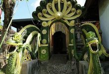 Traditional Balinese Gayor Archways by Make A Scene! Bali