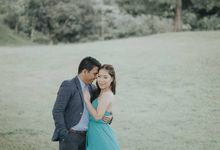 Sierra Madre  Pililia Windmill Prenup Shoot by Happyone Photo