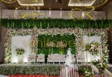 Double Tree 2018 02 18 by White Pearl Decoration
