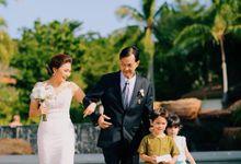 Romantic Beach Wedding by Kanvela